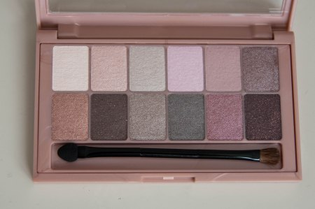 Maybelline_The blushed nudes_2